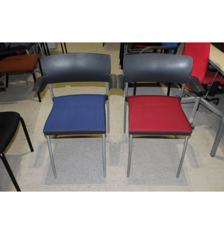 Kancelárske prísediaci stoličky výrobcu Kinnarps