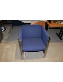 Modré kancelárske kreslo čalúnené