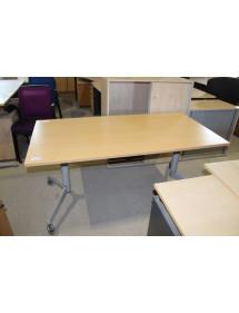 Skladací stôl Steelcase - na kolieskach