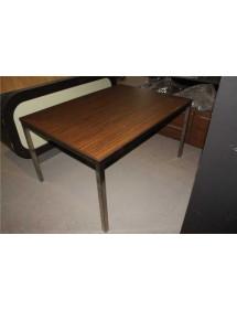 Kancelářský stůl výrobce Las Mobili