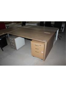 Kancelářský stůl v dekoru tmavy ořech
