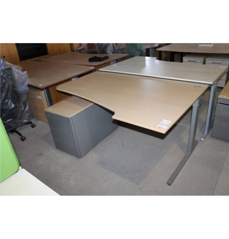 Základní sestava kancelářského nábytku TECHO