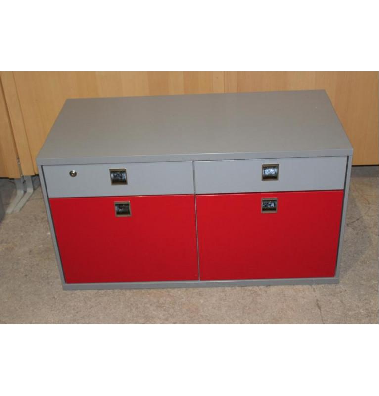 Menší skříňka šedo červená se šuplíkem