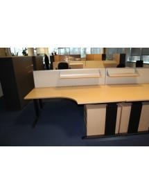 Kancelářské pracovní stoly BENE