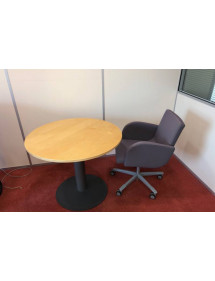 Kancelársky okrúhly prísediaci stôl Kinnarps