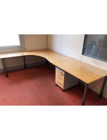 Kancelářský stůl L s 2 nástavci Kinnarps