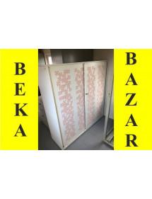 Plechová biela skříň- šoupací dvere