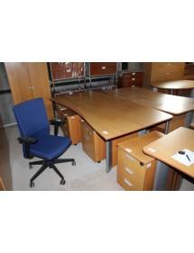 Velký kancelářský pracovní stůl Steelcase