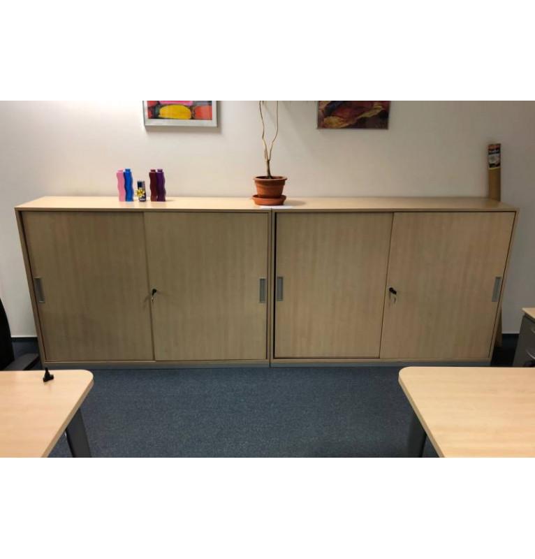 Regálová skříň Steelcase - šoupací dveře