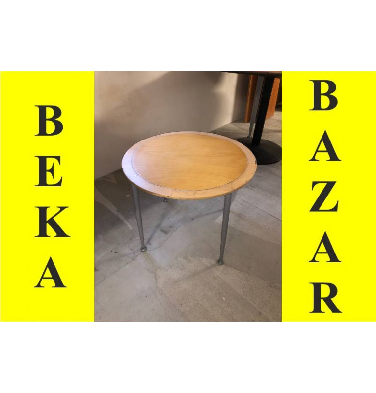 Kancelářský přísedící stolek Kinnarps