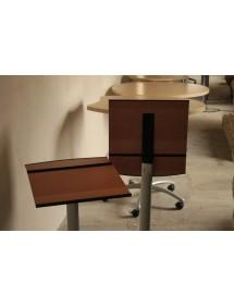Príručný skladací stolík na kolieskach