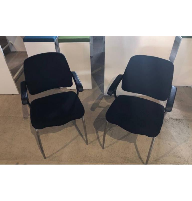 Kancelářská přísedící židle černá s područkama