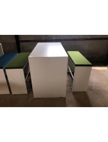 Sestava barového stolu a lavic König+Neurath