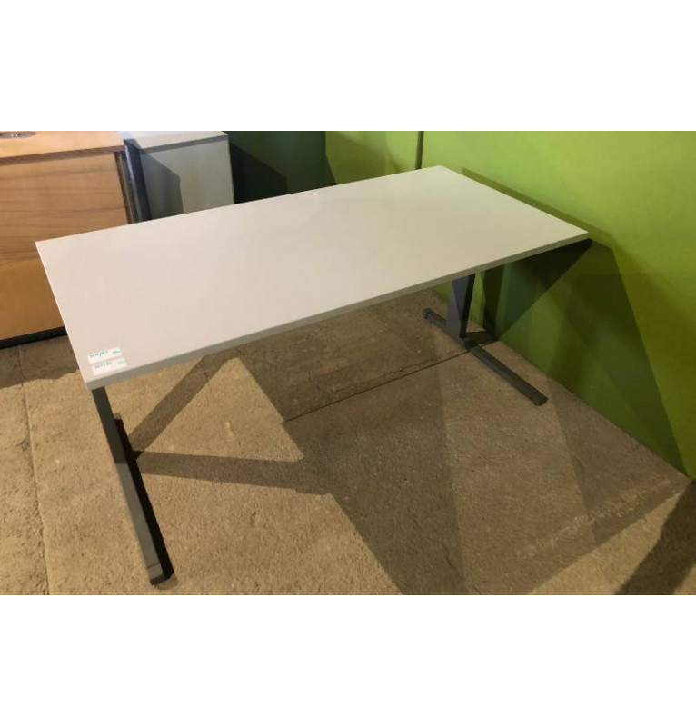 Kancelářský PC stůl Techo - bílá deska