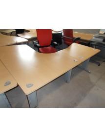 Kancelársky stôl Steelcase s nadstavcom