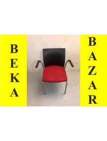 Přísedící židle Steelcase červené barvy - stohovatelné