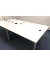 Kancelársky PC stôl rovný v bielom dekore