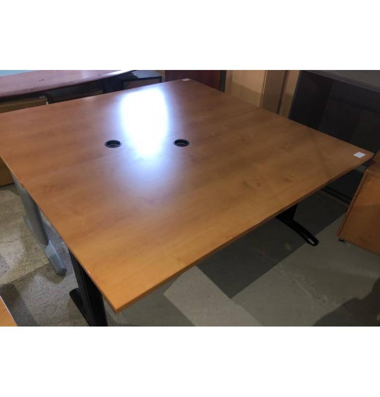 Kancelářský PC stůl v dekoru buk