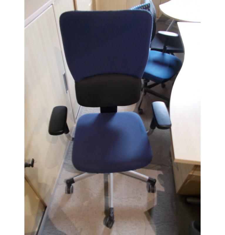 Kolečková židle Steelcase modrá