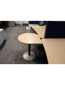 Kulatý přídavný stolek na pevné noze
